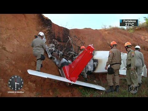 Aeronave que caiu no RJ pode ter decolado com indícios de irregularidades | SBT Notícias (23/07/18)