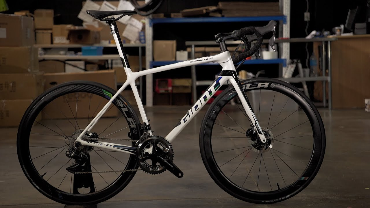DREAM BUILD: Giant TCR Advanced SL 0 Disc Dura-Ace - YouTube