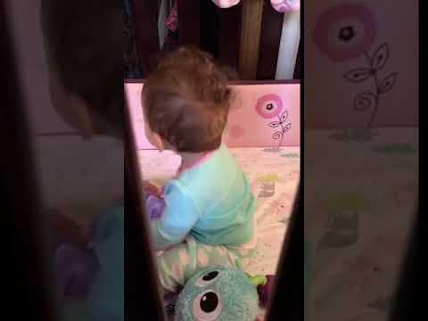 9 months old baby dancing bodak yellow/cardi b