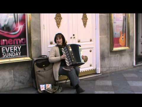 Musicos de la calle Ucraniana en sol Madrid