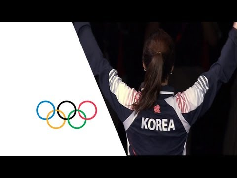 Jiyeon wins Gold in Women