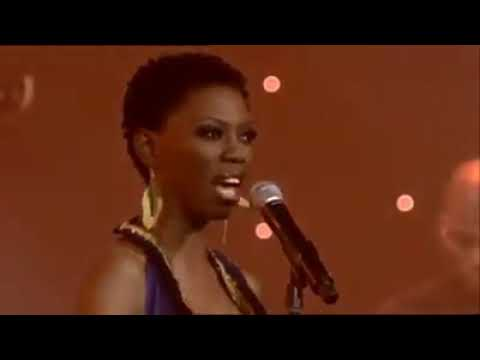 LIRA - Ngiyazifela Live At Carnival City