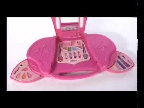 Dream Dazzlers Light Up Glamour Make Up At Toys R Us Youtube