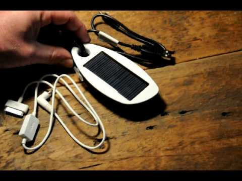 solio-mono-a-solar-charger-for-iphone