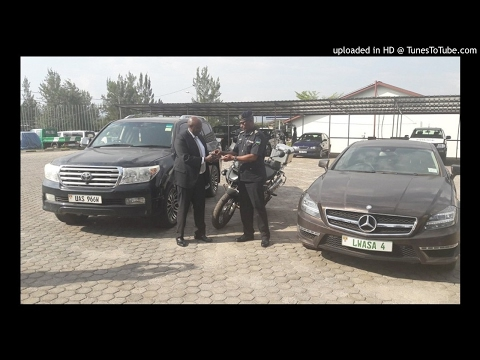 Ambasaderi wa Uganda agira inama abaguzi b'imodoka zakoreshejwe
