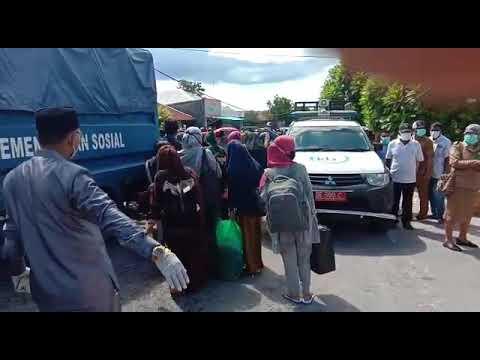ISOLASI MANDIRI RATUSAN PENUMPANG KM NGAPULU DI HOTEL LANGGUR