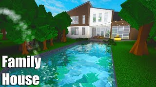 Family House + Swimming Pond! • Roblox: Bloxburg • 184K