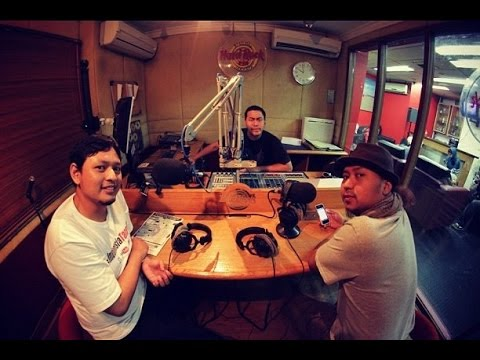 Debat Pandji vs Indonesia Tanpa JIL (ITJ) Hardrock FM