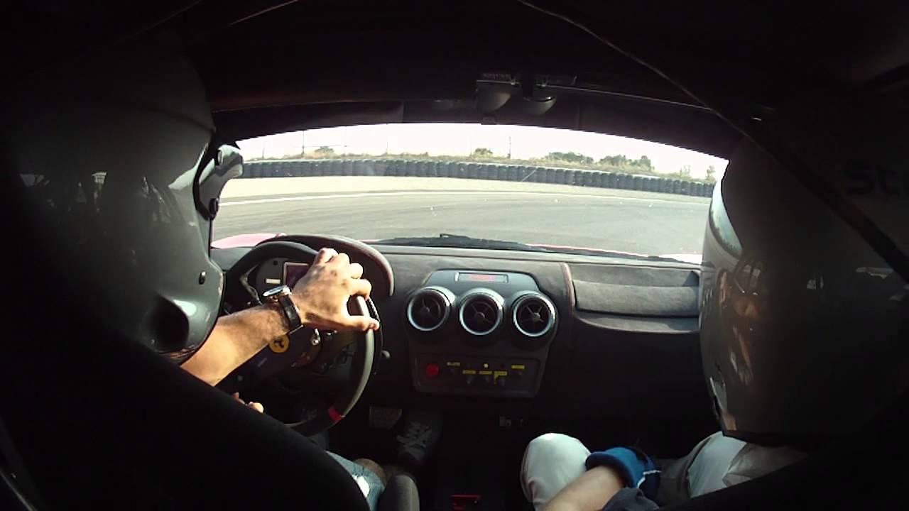 Circuito Modena : Ferrari circuito de modena youtube