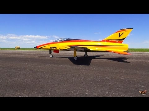 RC ADVENTURES - BVM BANDiT / JetCat P100 Turbine RC JET