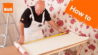 How to hang wallpaper part 3: corners & obstacles