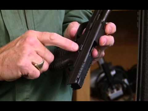 american-rifleman-television---springfield-xd-s-review