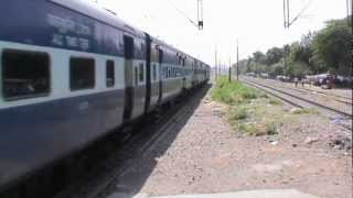 humongous looking bsl wap 4 sachkhand superfast accelerates past faridabad new town