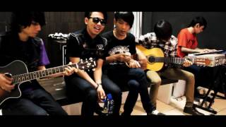 Download Mp3 Last Kiss From Avelin - Sesak Dalam Gelap