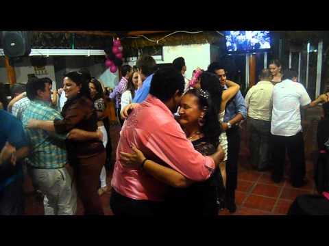 La Pringamosa Baile en Restaurante Club Mi Bello Santander, Barranquila Col