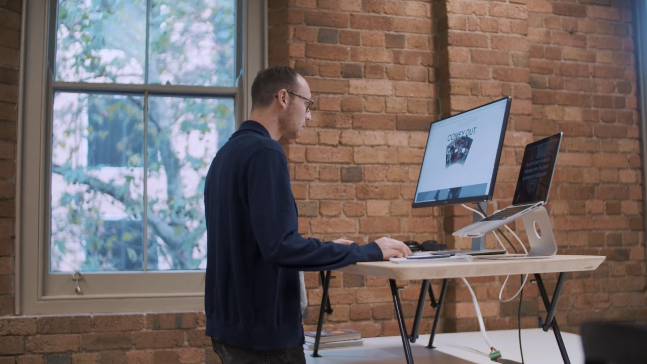 Movi Standing Desk Elevates To Suit Users As Tall 6 4