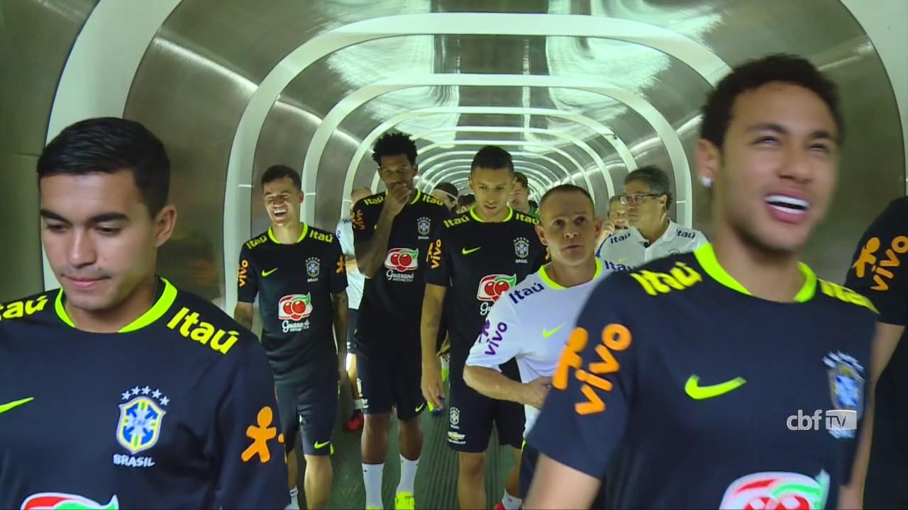 Seleção Brasileira  treino aberto no Morumbi - YouTube 4829aaab16771