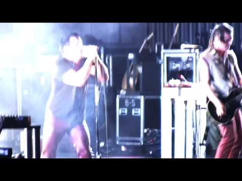 "Nine Inch Nails ""Last"" in Holmdel, New Jersey"