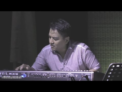 Indra Lesmana & Friends ft. Rieka Roslan - Khayalan @ Mostly Jazz in Bali 16/04/2017 [HD]