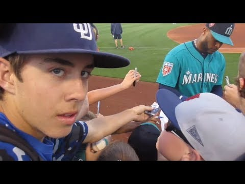 Mariners Up Close In Spring Training! | Angels Vlogs Ep 2