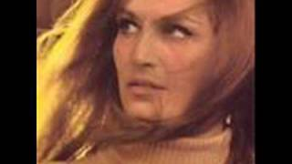 Watch Dalida Petit Homme video