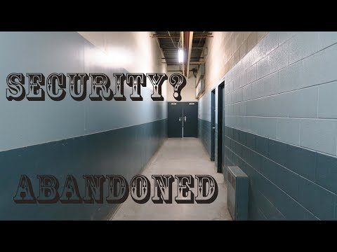 Sneaking into Abandoned People's Jewellers - Security office / OVERDAY CHALLENGE Abandoned mall