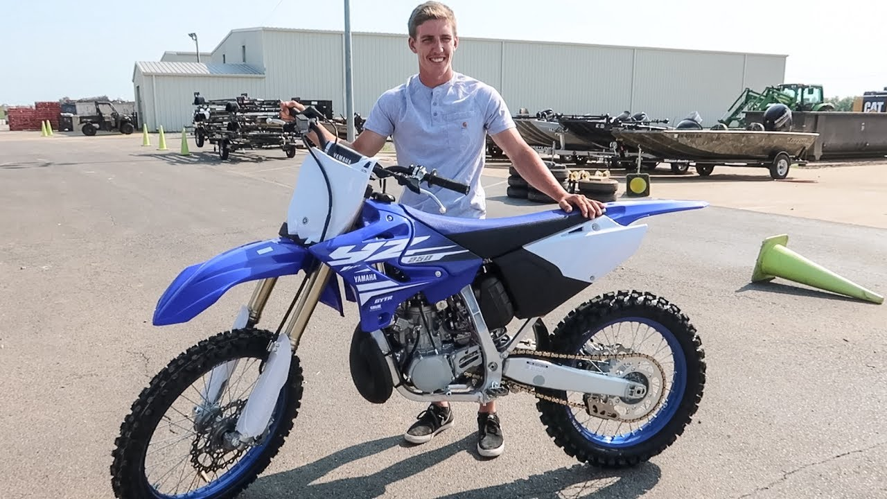 he bought a brand new 2018 yz250 2 stroke youtube. Black Bedroom Furniture Sets. Home Design Ideas