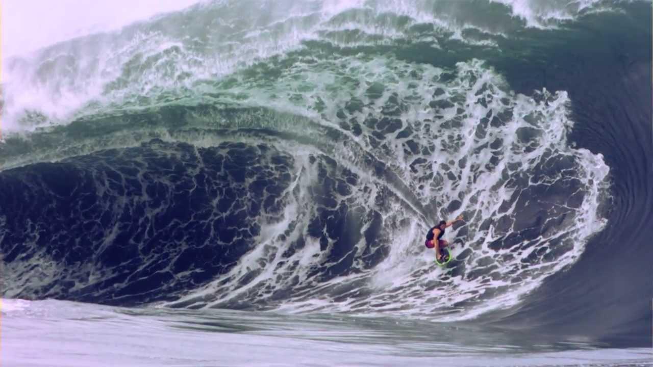 las olas en thaiti como tsunamis 161 surfeando 161 youtube