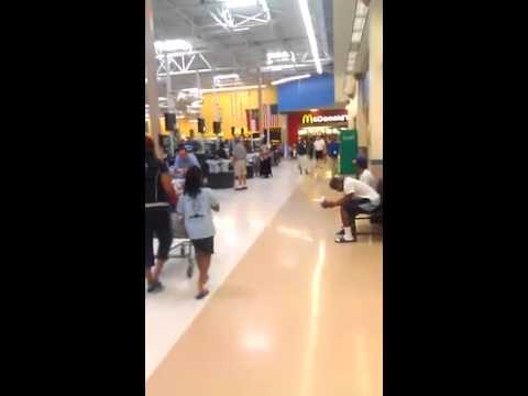 Duranice Pace singing at Walmart