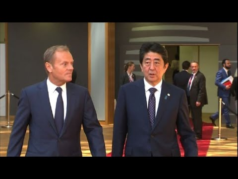 Japanese PM arrives at European Council to seal EU trade deal