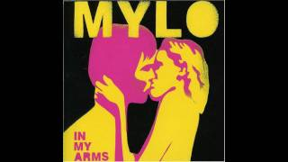 Watch Mylo In My Arms video