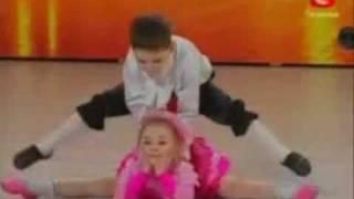 Repeat youtube video Niños ucranianos con talento - Ballet infantil