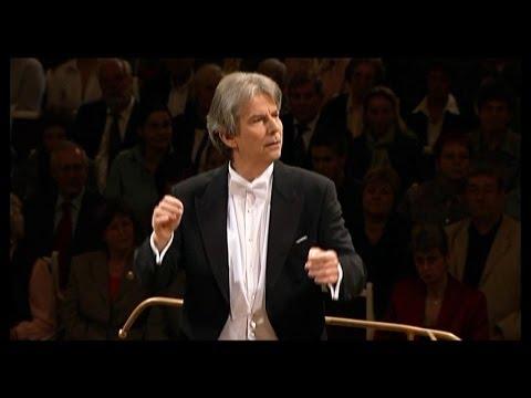 HARTMUT HAENCHEN conducts Mozart Symphony 41 in G major - 2005