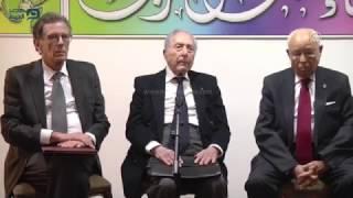 مصر العربية | الرئيس عباس يقلد الشاذلي القليبي وسام
