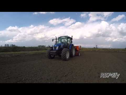 Rice Seeding and Fertilizing 2016 - NEW HOLLAND T4.115 & GASPARDO Nina + SIPCAM & STARTEC