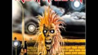 Gambar cover Iron maiden prowler with lyrics