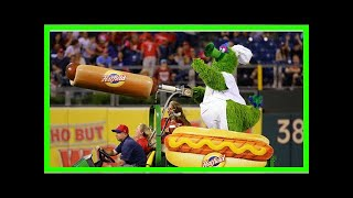 Baseball fan shot in face with hot dog fired from mascot's oversized cannon