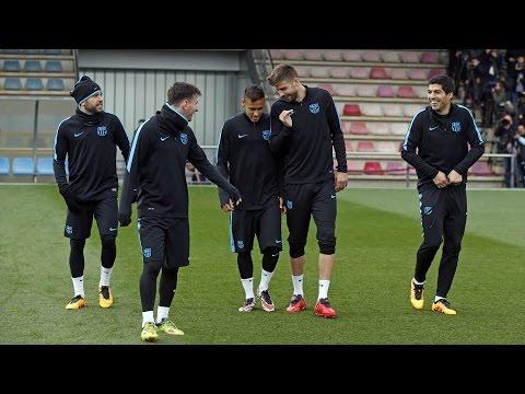 Entrenamiento del FC Barcelona previo al partido con el Arsenal