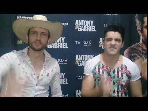 Alo de Antony e Gabriel para Radio Studio Nayty