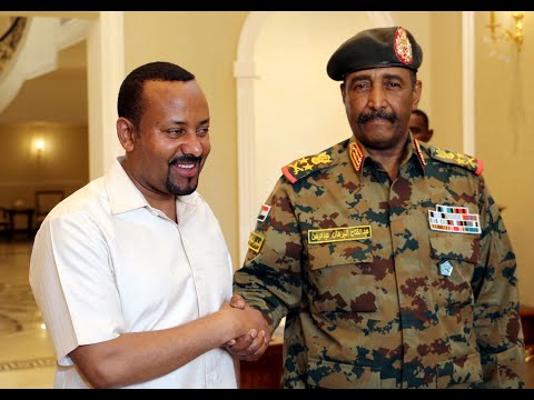 البرهان يرأس وفد السودان في القمة الروسية الأفريقية  - نشر قبل 7 ساعة