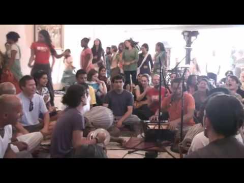 Bhajan - KulimeLA Day 3 - Vijay Krsna das (2/6)