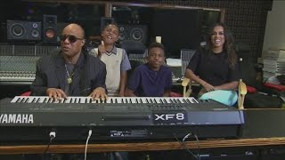 Stevie Wonder and family hold charity tournament