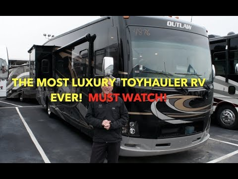 Best Toy Hauler 2018: Outlaw RV Review