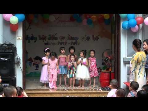 Lễ khai giảng trường Mẹ Yêu Con năm học 2012-2013.VOB