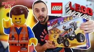 Папа Роб собирает набор LEGO Movie 2. Побег Эммета и Дикарки на багги. Часть 1.