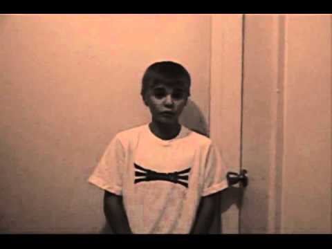 PROOF that this is the real Justin singing Wait for You by Elliott Yamin!! the old man is FAKE!