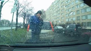 Розыск угонщиков([Угона.нет] Розыскиваются угонщики. Взлом автомобиля и неудачная попытка угона в г Санкт-Петербурге., 2016-01-13T08:45:55.000Z)