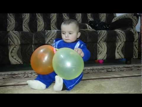 Baby reaction when Balloon burst  ردة فعل طفل