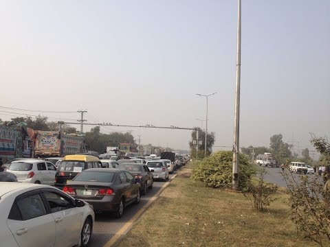 Islamabad Highway Current Situation During Dharna of Religous Group