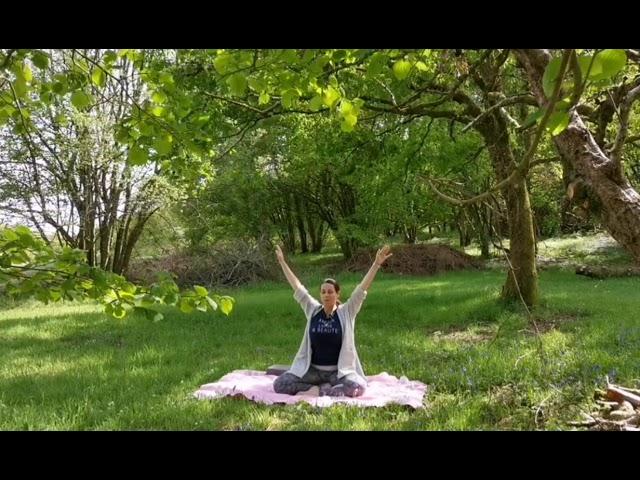 YOGA MATINAL pour réveiller votre énergie intérieure